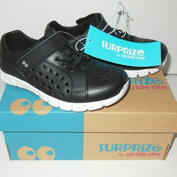Surprize by Stride Rite Toddler Boys Tex Land /& Water Shoes Black